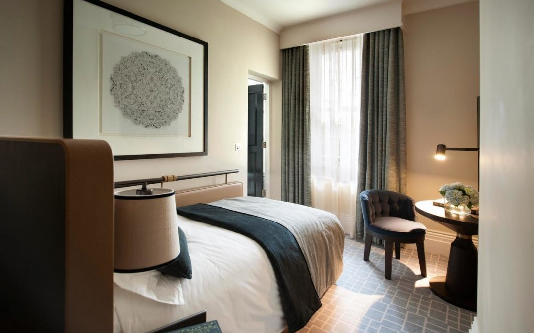 How to Create Hotel Interior Design Trends at Home